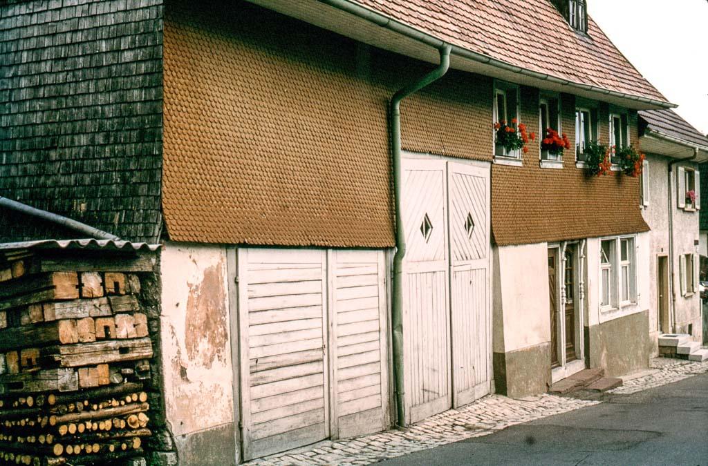 Haus Waßmer in der Maienlandstraße vor der Renovierung, 1981