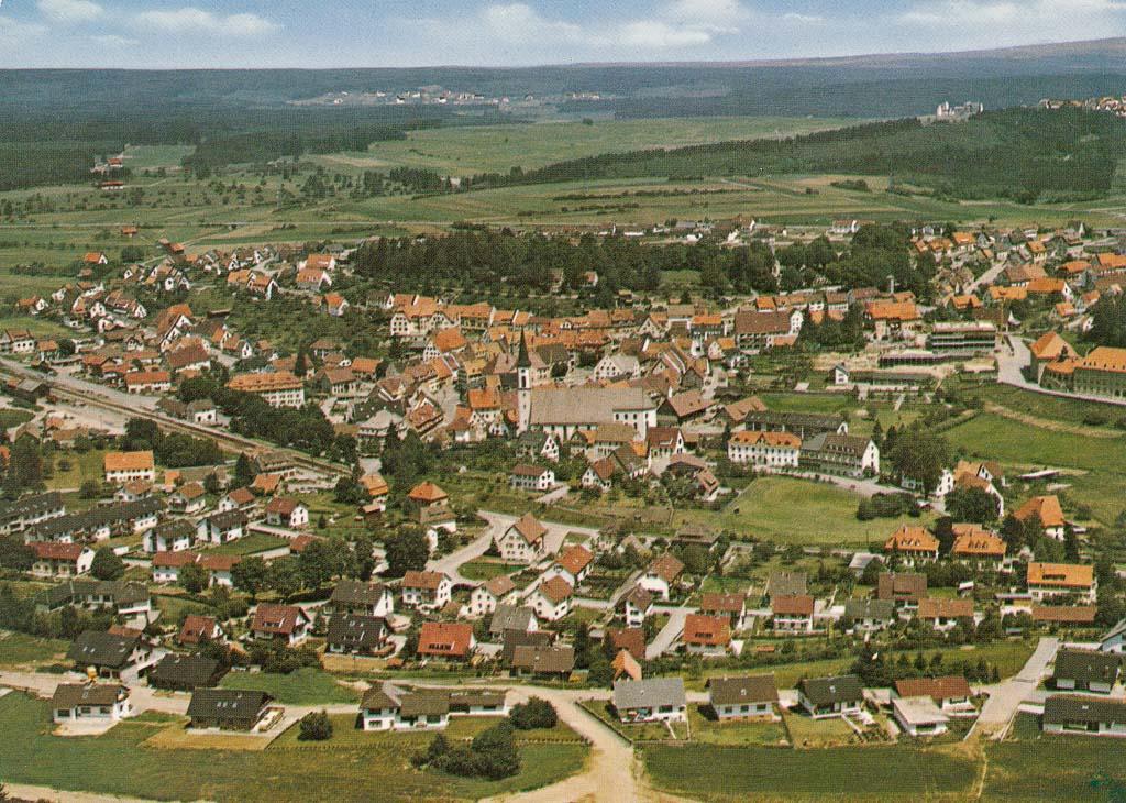 Luftbild mit Neubaugebiet Reichberg, 1973