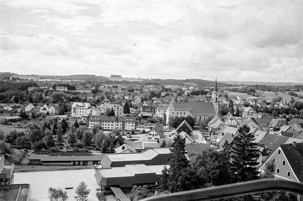 Blick von der Feuerwehrleiter über Löffingen, ca. 1980