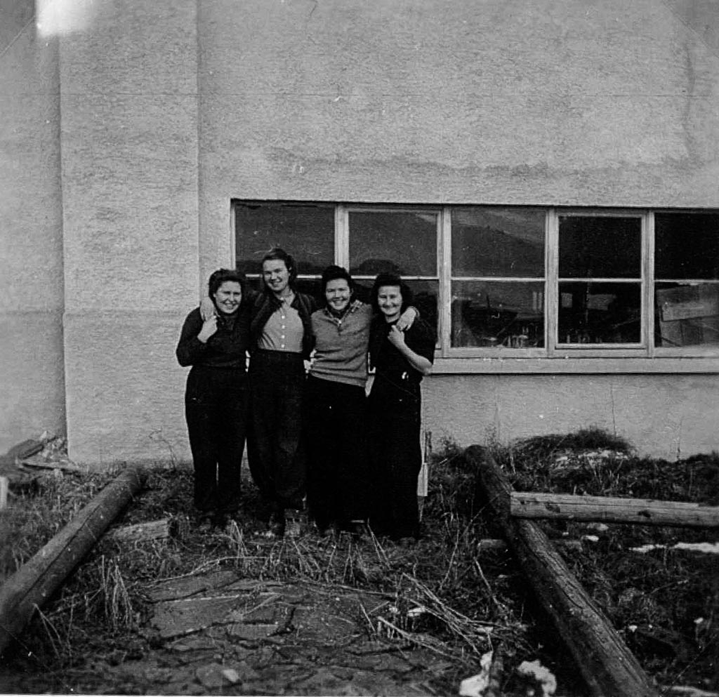 3 Fotos: Belegschaft des Sägewerk Benz, ca. 1965-1970
