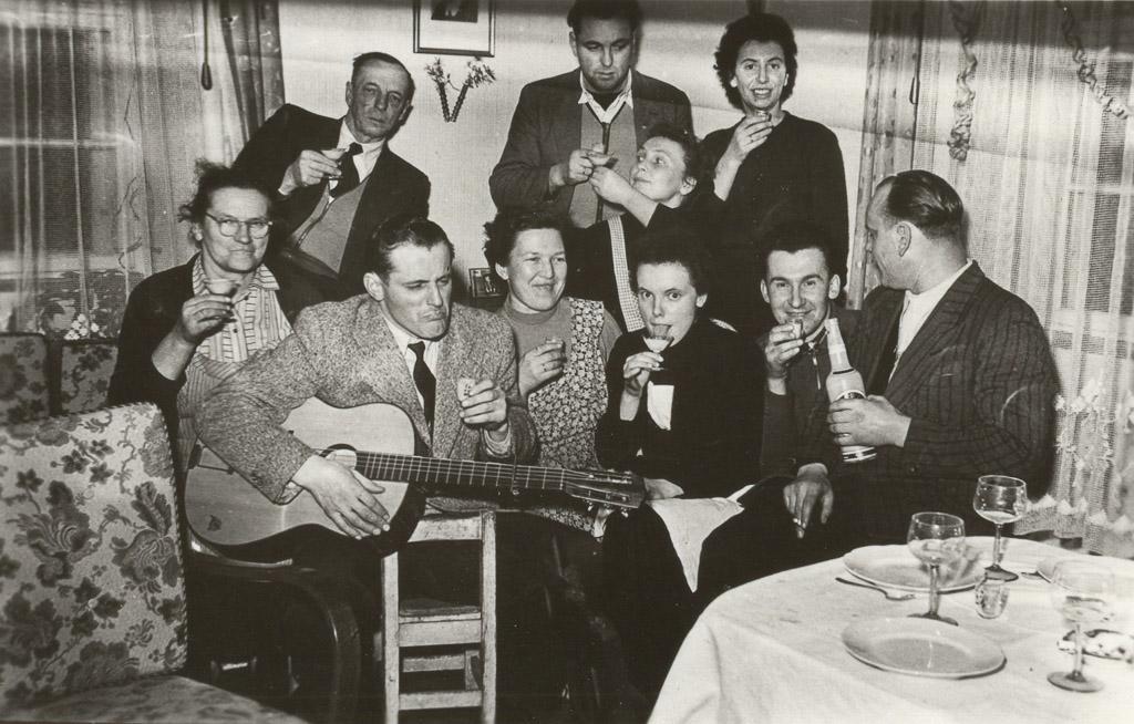 Familienfeier im Haus Adrion, ca. 1950-1960