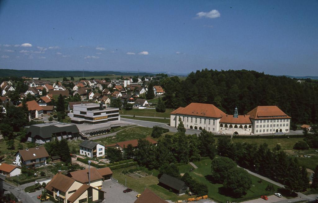 Blick vom Kirchturm zum Schulzentrum, 1990