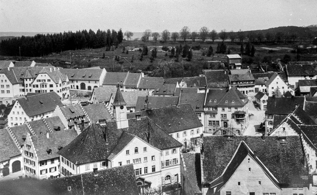 2 Fotos: Blick vom Kirchturm zum Alenberg, ca. 1926