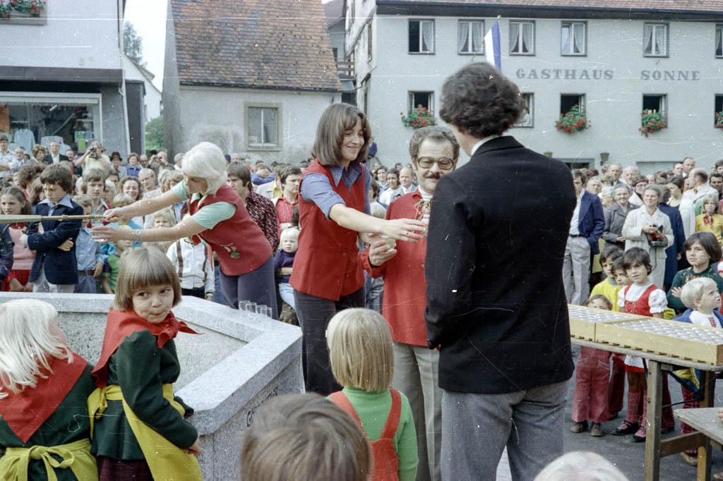 Einweihung des Hexenbrunnens, 21. September 1975