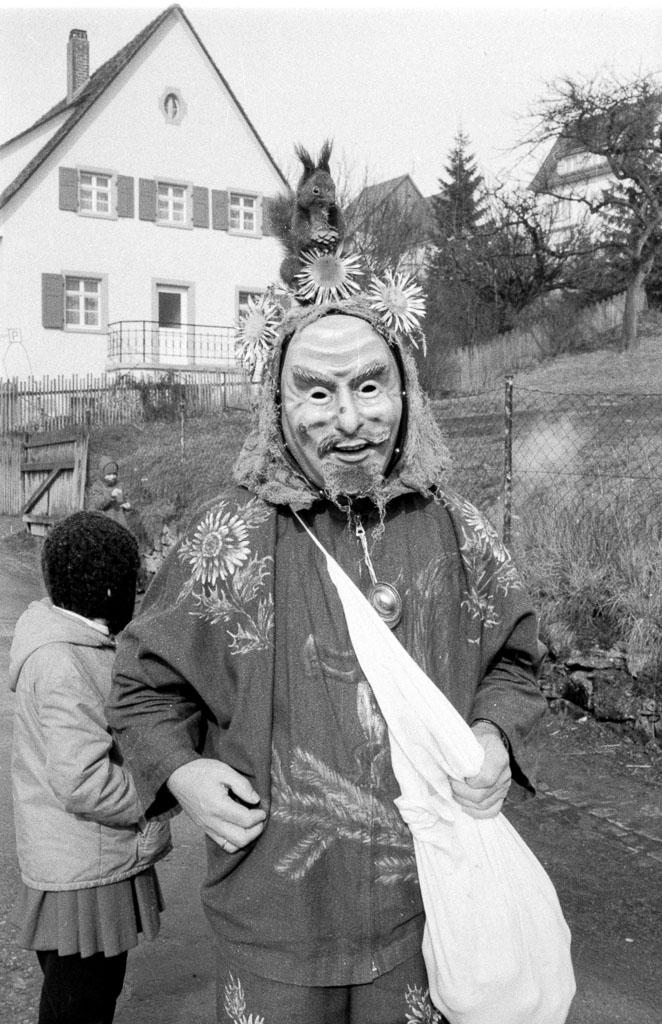 Reichburgmali in der Maienlandstraße, Fasnacht 1971