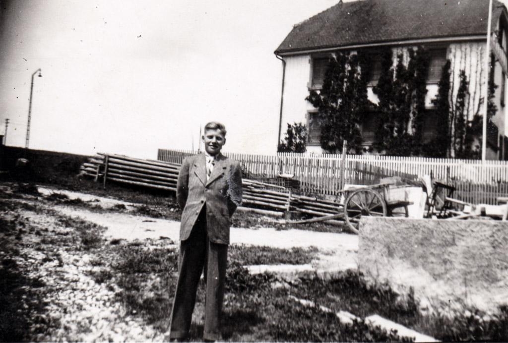 Fritz Egle anlässlich seiner Schulentlassung, Ostern 1943