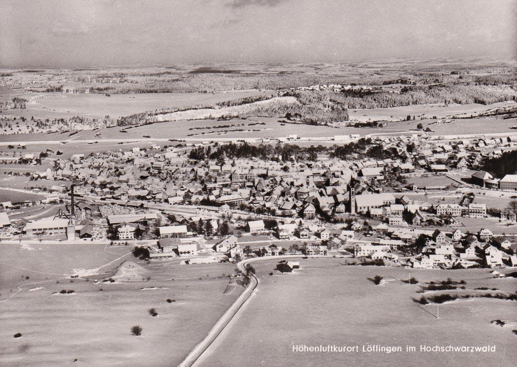 Luftbild auf das Städtchen vom Reichberg aus, ca. 1965