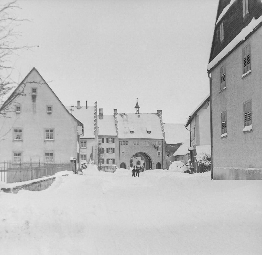 Maienlandstraße mit viel Schnee, ca. 1954